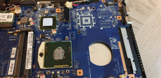 Removed Heatsink Exposing The Intel i5-2430M CPU